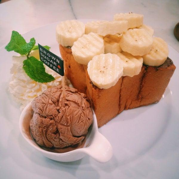 Photo taken at brown sugar cafe by Jenita R. on 9/24/2016