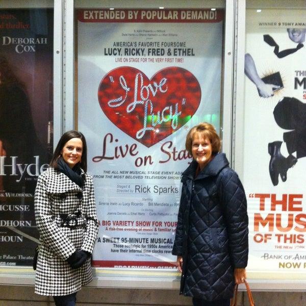 Снимок сделан в Broadway Playhouse пользователем Sarah R 2/23/2013