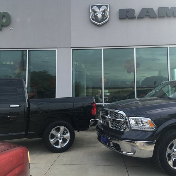Clay Cooley Chrysler Dodge Jeep Ram