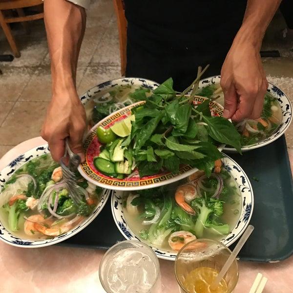 Photo taken at Pho 777 Vietnamese Restaurant by Alexa S. on 9/5/2017