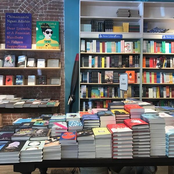 Снимок сделан в Book Culture пользователем Alexa S. 5/21/2017