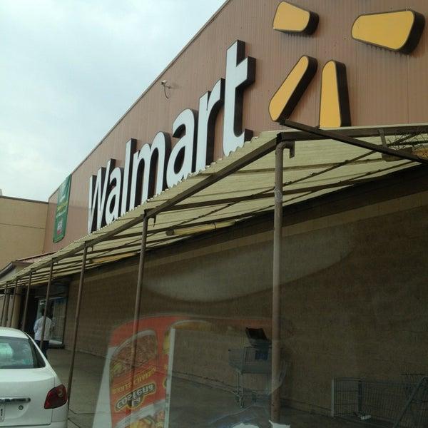 Walmart - Hipermercado en Nezahualcoyotl