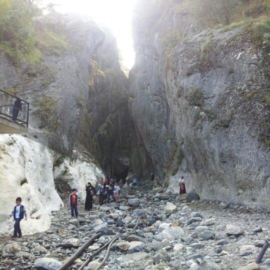 10/26/2012 tarihinde Ertugrul K.ziyaretçi tarafından Saitabat Şelalesi'de çekilen fotoğraf