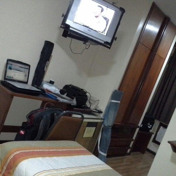 Foto tirada no(a) Lira Hotel Curitiba por Pingüim Paulo Guilherme em 9/18/2013