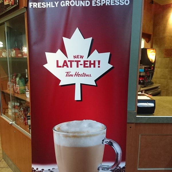 Photo taken at Tim Hortons by Victor C. on 8/12/2016