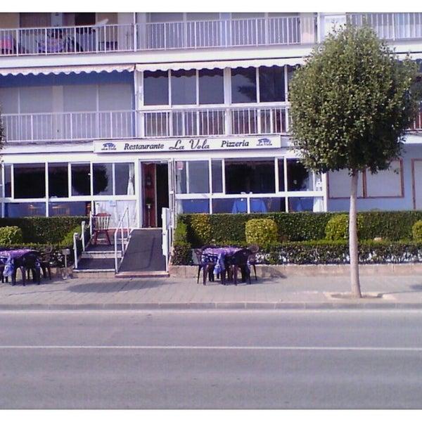 Foto tirada no(a) Restaurante Pizzería La Vela por Rafa G. em 3/3/2013