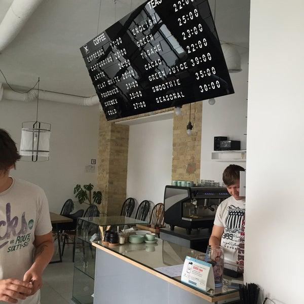 Снимок сделан в First Point Espresso Bar пользователем Semaniv Y. 7/14/2015