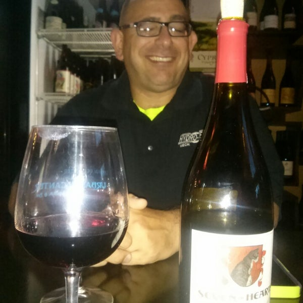 Photo taken at Urban Decanter by Cassandra S. on 8/30/2014