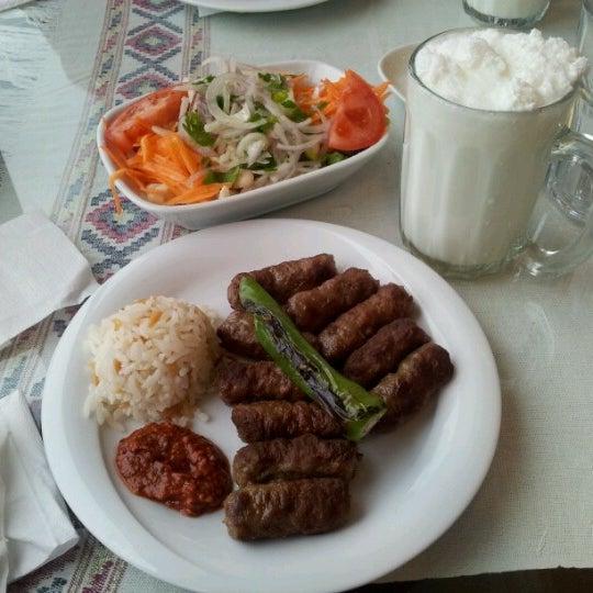 1/1/2013 tarihinde Oktar A.ziyaretçi tarafından Köfteci İbrahim'de çekilen fotoğraf