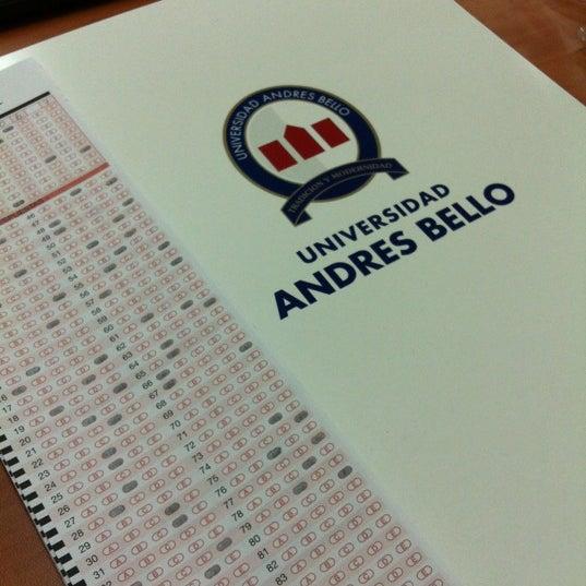 Foto tomada en Universidad Andrés Bello por Jorge N. el 11/10/2012