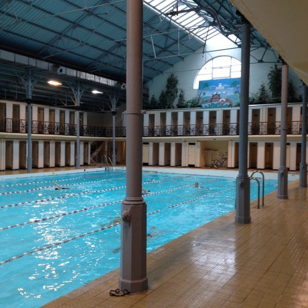 Piscine d 39 ixelles zwembad elsene jourdan - Temperature ideale piscine ...