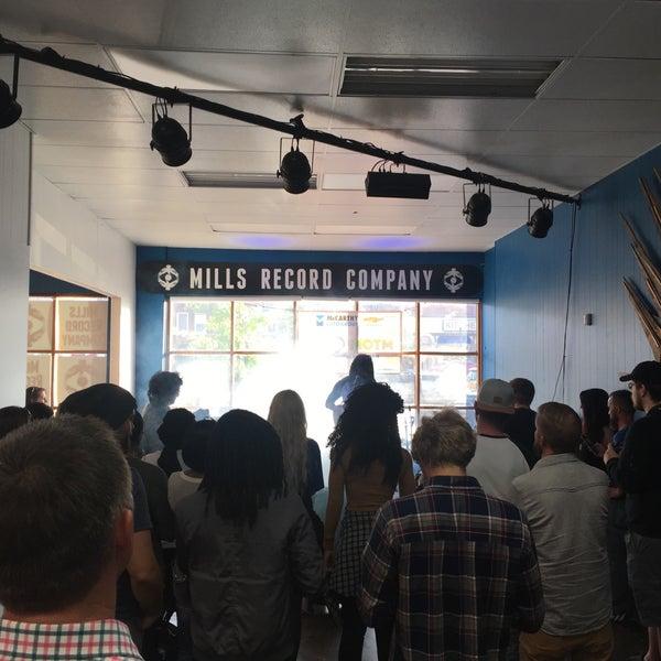 """Foto scattata a Mills Record Company da Paul """"PL"""" E. il 5/5/2017"""