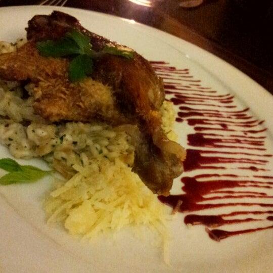 11/29/2012 tarihinde Keumson L.ziyaretçi tarafından Vanilla Lounge'de çekilen fotoğraf