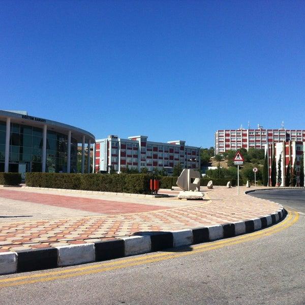 7/26/2013 tarihinde Mehmet Fatih A.ziyaretçi tarafından Eğitim Sarayı'de çekilen fotoğraf
