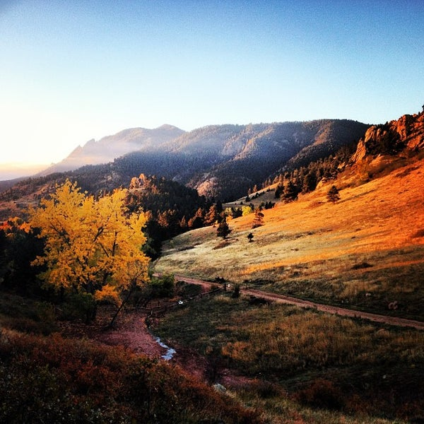 5 Great Day Hikes Near Boulder Colorado: Trail In Boulder