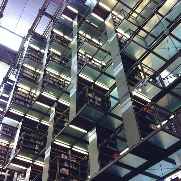 Photo taken at Biblioteca Vasconcelos by Robin G. on 6/29/2013