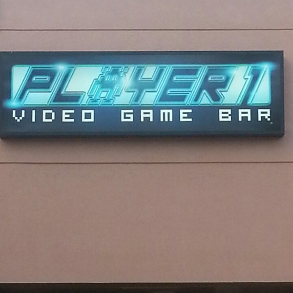 Photo taken at Player 1 Video Game Bar by Denna B. on 8/19/2013