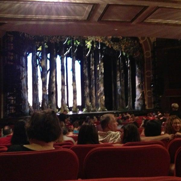 7/19/2013にAlderina G.がBroadway Theatreで撮った写真