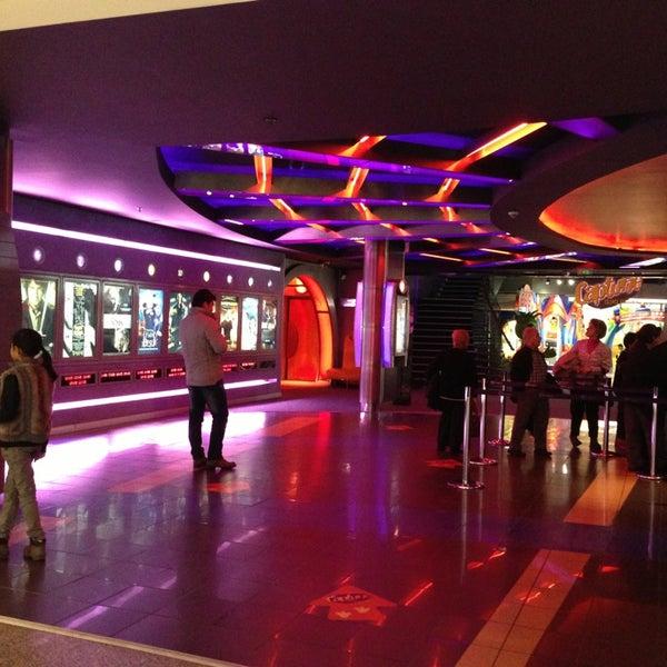 1/12/2013 tarihinde Zeynep K.ziyaretçi tarafından Spectrum Cineplex'de çekilen fotoğraf