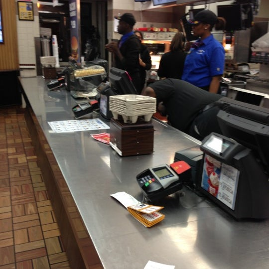 Photo taken at McDonald's by Randy ☠️ on 12/6/2012
