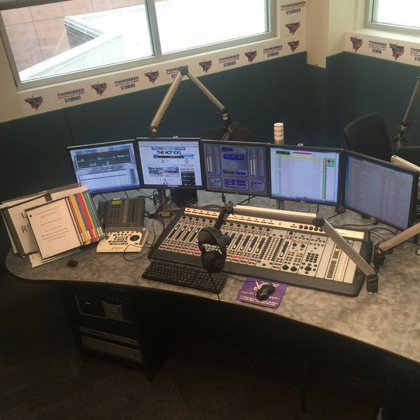 Photo taken at 88.7 The Pulse by Justin H. on 2/3/2016