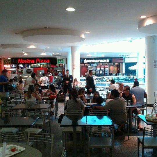 Foto tirada no(a) Itajaí Shopping Center por Luiz S. em 1/5/2013