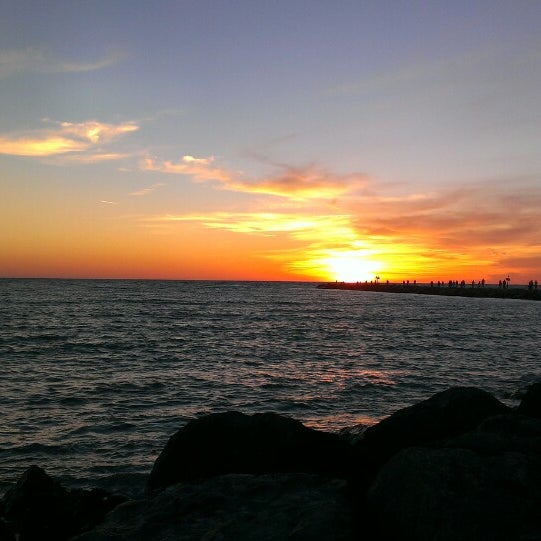 Photo taken at South Jetty / Humphris Park by Anthony L. on 3/21/2013