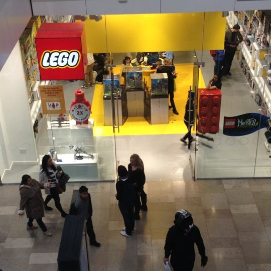 The LEGO Store - Stratford and New Town - Westfield Stratford City
