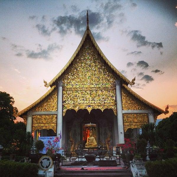Photo taken at Wat Chedi Luang Varavihara by Pomme V. on 4/12/2013
