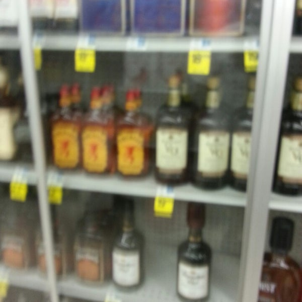 Photo taken at Rite Aid by Asa J. on 5/13/2014
