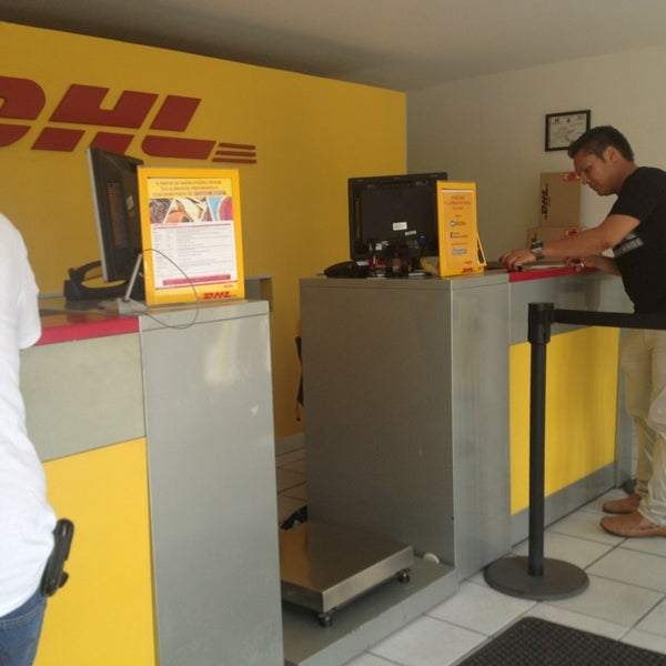 Dhl express blvd miguel de la madrid hurtado km 3 5 815 for Oficinas de dhl