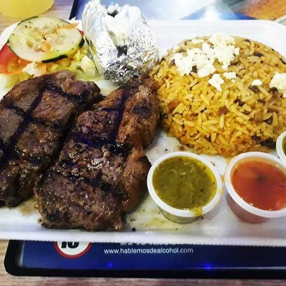 Almorzando #bifedechorizo término medio #loaprendideti #comidarica #extrañandote