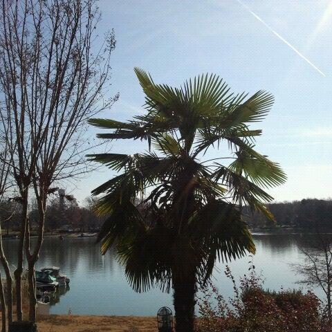 Photo taken at Eddies on Lake Norman by Rachel U. on 12/3/2012