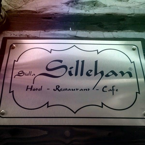 8/23/2016 tarihinde Alper K.ziyaretçi tarafından Sillehan Hotel Restaurant Cafe'de çekilen fotoğraf