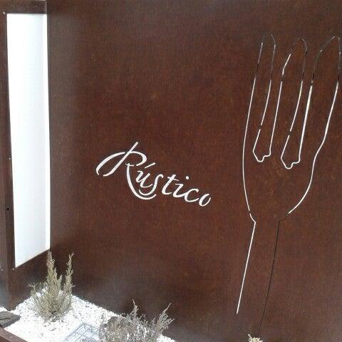 Das Foto wurde bei Restaurante Rústico von Ferran M. am 12/20/2013 aufgenommen