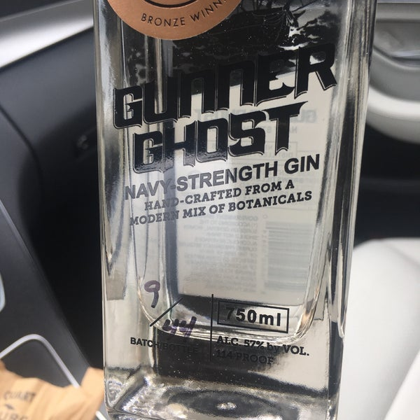 Photo taken at Lowry Hill Liquors by Kimberly R. on 8/27/2017