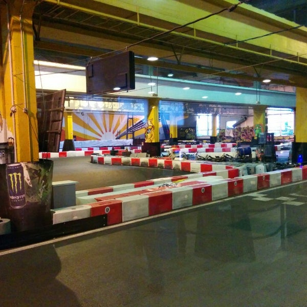 Karting 92 nanterre 8 tips from 236 visitors for Karting exterieur 92