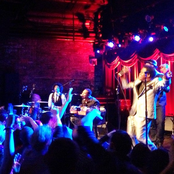 Photo taken at Brooklyn Bowl by Karen D. on 3/9/2013