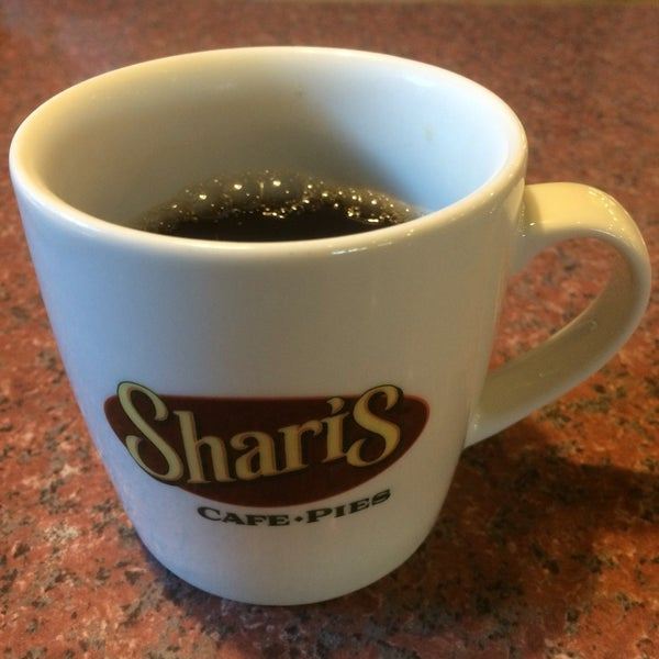 Photo taken at Shari's Cafe and Pies by Wayne M. on 6/11/2016