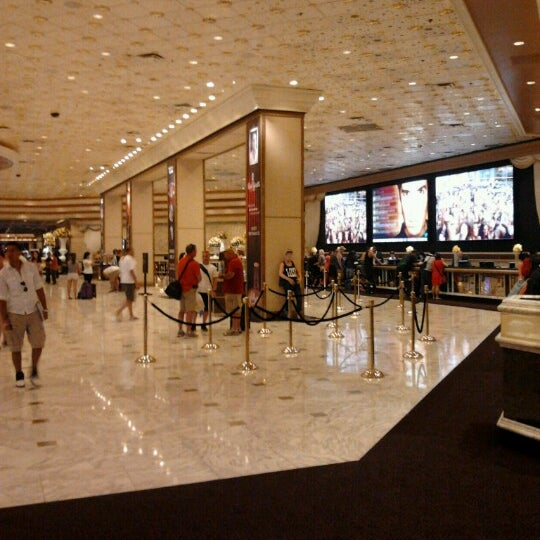 Photo taken at MGM Grand Hotel & Casino by Matías P. on 4/13/2013