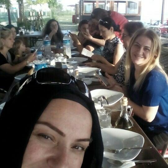 8/3/2016 tarihinde Filiz Kazancı Ş.ziyaretçi tarafından Taçmahal Et Balık Restorant'de çekilen fotoğraf