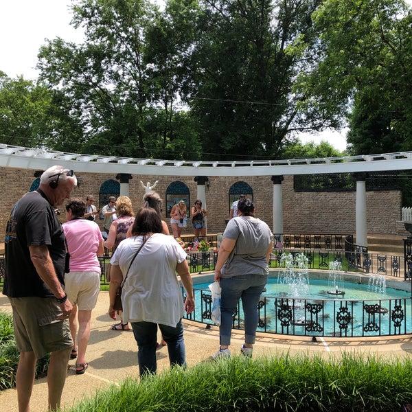 Atlanta Garden Of Bill Hudgins: Graceland Meditation Garden And Cemetery