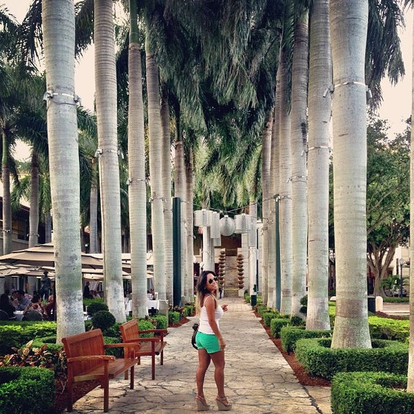 Where's Good? Holiday and vacation recommendations for Coconut Grove, United States. What's good to see, when's good to go and how's best to get there.
