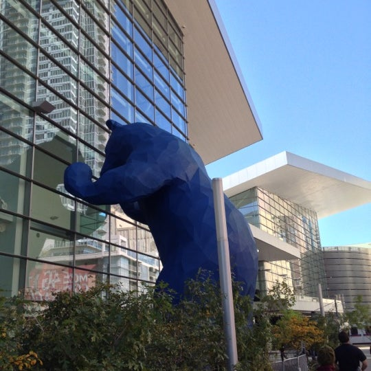 Photo taken at Big Blue Bear (I See What You Mean) by Cole G. on 10/12/2012