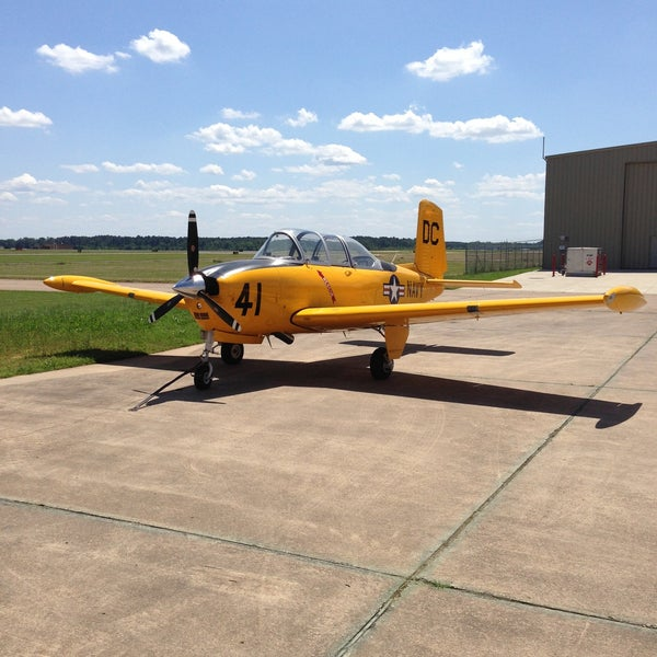 Photo taken at Shreveport Regional Airport (SHV) by Warren A. on 5/7/2013