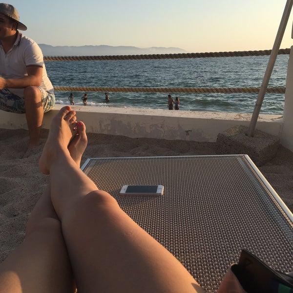 Foto tomada en Sunset Plaza Beach Resort & Spa por Mirelle F. el 6/5/2016