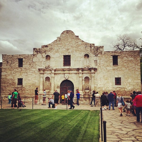 Photo taken at The Alamo by JD D. on 3/29/2013