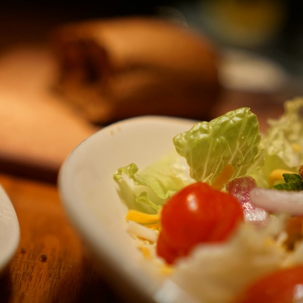 Photo taken at Outback Steakhouse by Phi D. on 8/8/2015