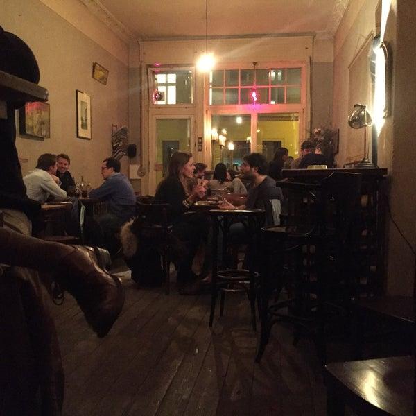 Das Foto wurde bei Meine Bar ICI von keith b. am 3/24/2016 aufgenommen