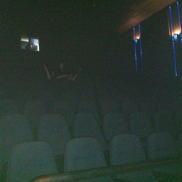 Photo taken at Cine Hoyts by CAROL V. on 5/2/2013